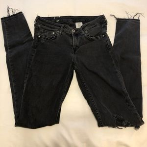 Black Low-Rise Ripped Knee H&M Jeans